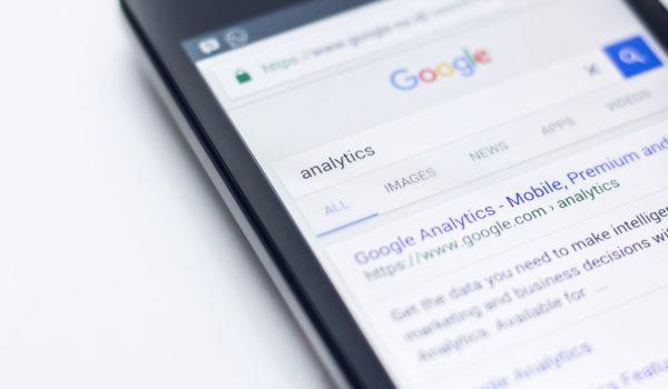 Google estrena un nuevo diseño para la página de resultados de búsqueda en móviles